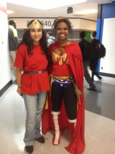 From left to right: Lina Jafar and t'ea Coston (both freshmen).