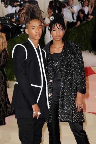 Willow and Jaden Smith were totally in-sync and looked stunning in their Chanel two piece suits.
