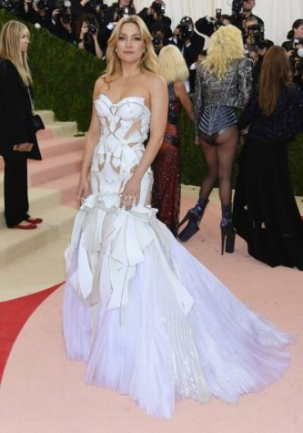Kate Hudson brought elegant and tasteful beauty to the 2016 Met Gala in this angelic and butterfly inspired white gown by Versace.